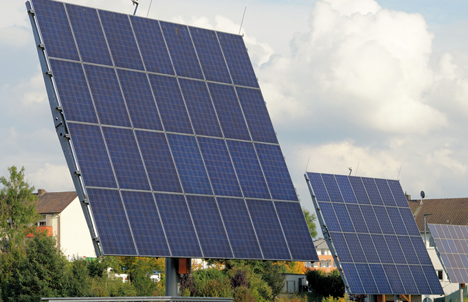 Solar Energy Vs Fossil Fuels Efficiency